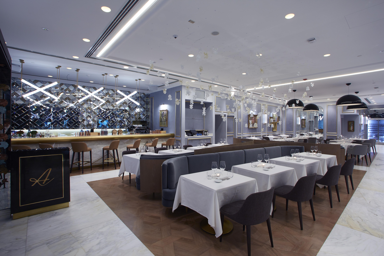 Artisan restaurant3617